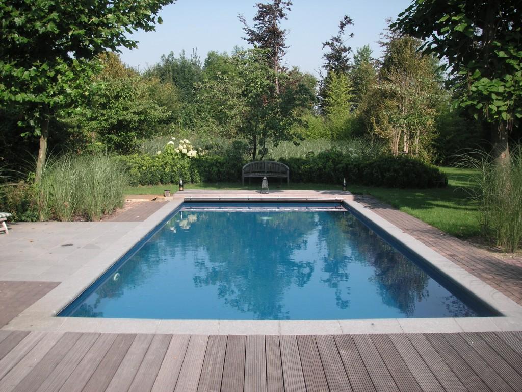 Zwemvijvers zwemvijver aanleggen aanleg zwemvijver for Zwembaden in tuin